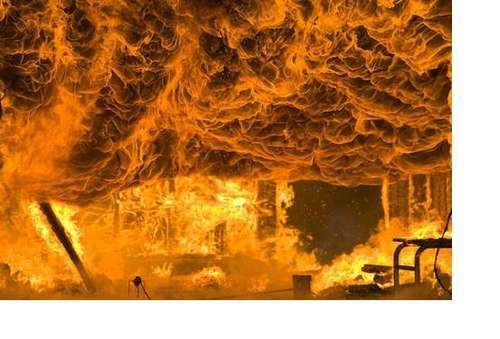 6 основных причин пожаров в офисах и как защитить вашу организацию