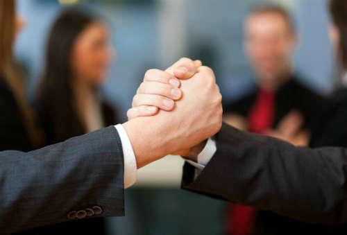 как заводить знакомства и связи