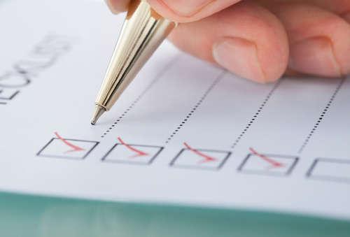 Ручкой отмечают пункты