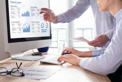 Бизнес-компьютер под строгим надзором работодателя